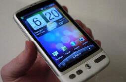白色手机推荐 触屏还是滑盖你都会爱不释手