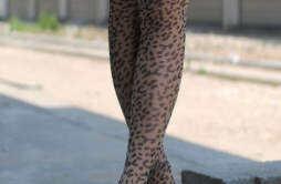时尚性感丝袜搭配 穿出个性潮味