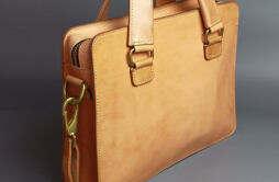 意大利买什么牌子包包划算 选品牌包注意事项