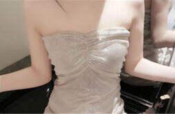 为什么穿抹胸裙不会掉 应该这样做