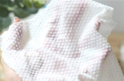 一次性洗脸巾跟湿巾的区别 一次性洗脸巾可以卸妆吗