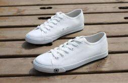 白鞋鞋边发黄怎么办 小白鞋配什么衣服好看