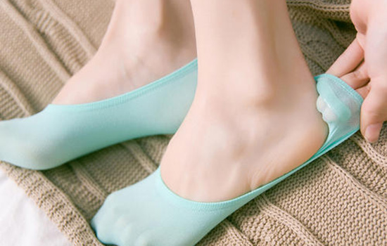 船袜和短袜有什么区别 船袜和短袜哪个更好