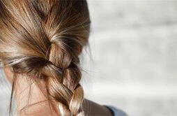 自己染发会掉头发吗 治疗脱发的技巧有什么呢