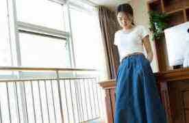 浅绿色的半身裙显瘦吗 轻松遮肉显瘦